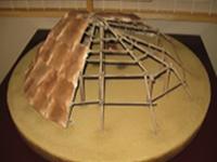田名向原遺跡の建物想定復元 (旧石器ハテナ館)