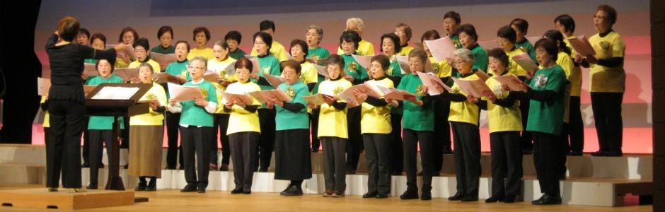 高齢者に対して音楽療養ベースの歌の集い